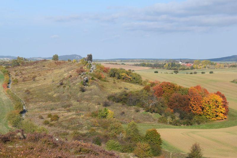 Durch das nördliche Harzvorland zieht sich die Teufelsmauer